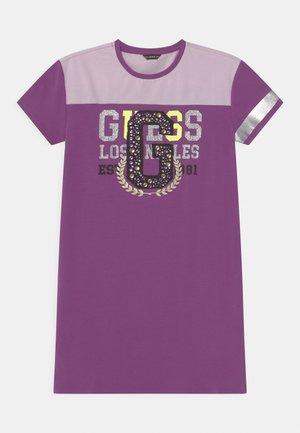 JUNIOR - Jersey dress - purple