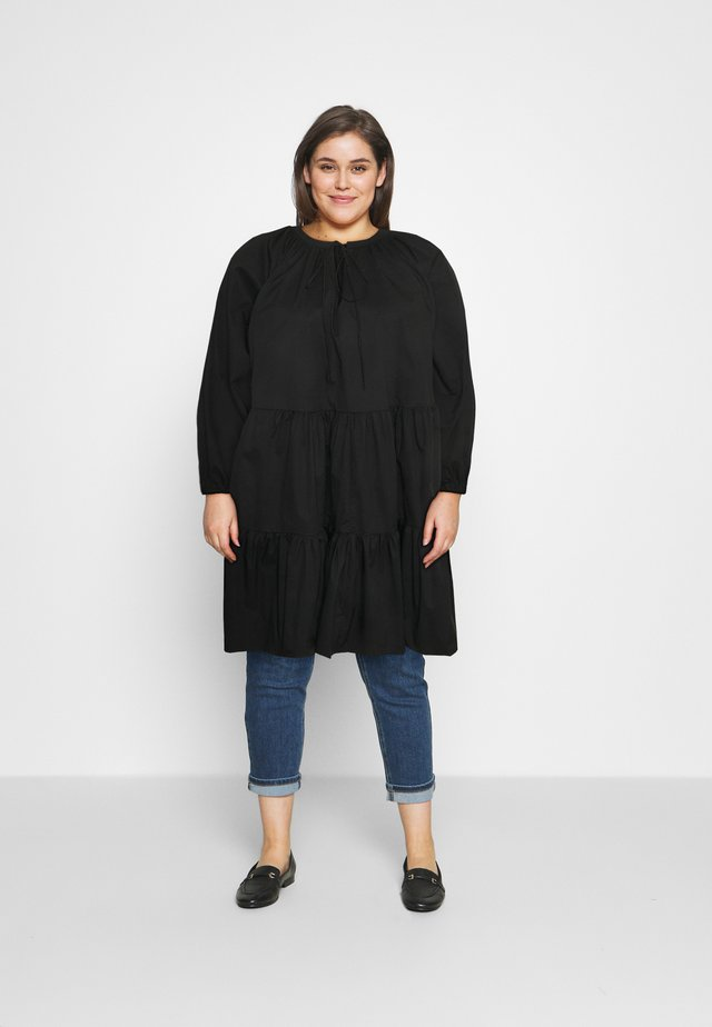 Robe d'été - black cotton