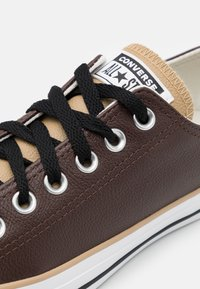 Converse - CHUCK TAYLOR ALL STAR - Trainers - dark root/khaki/white - 5