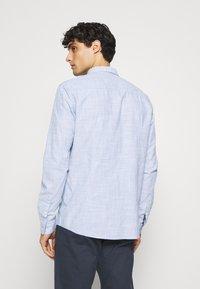 TOM TAILOR DENIM - BUTTON DOWN  - Shirt - blue younder - 2