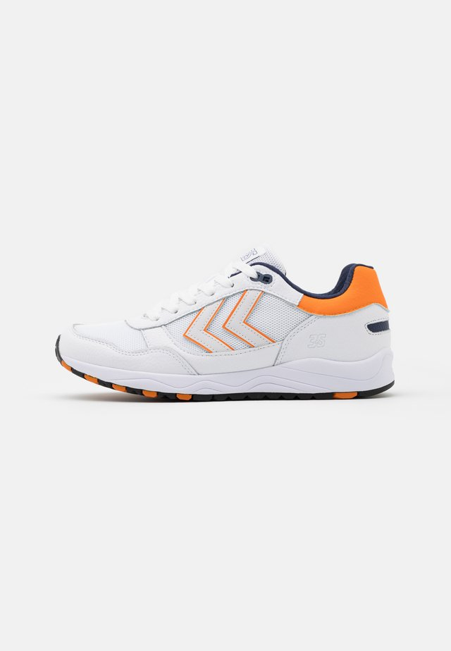 3-S SPORT UNISEX - Sneakers basse - white/orange