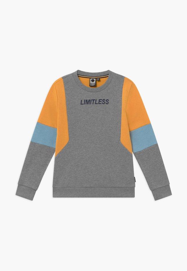 GIO - Sweatshirt - grey melange