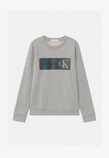 REFLECTIVE LOGO - Sweatshirts - grey