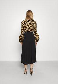 Diane von Furstenberg - NANCY DRESS - Cocktail dress / Party dress - large natural/black - 2