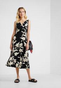 Lauren Ralph Lauren - YANILSA - Maxi dress - black/colonial - 1