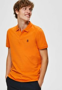 Selected Homme - SLHARO EMBROIDERY - Polo shirt - russet orange - 3