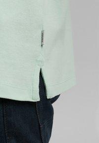 Esprit - FASHION - Polo shirt - pastel green - 7