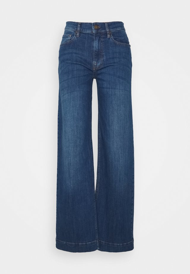 GILLY SWAN WIDE PANT EXCLUSIVE - Jeans Relaxed Fit - denim blue