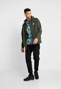 Nike Sportswear - CLUB HOODIE - Zip-up sweatshirt - sequoia - 1