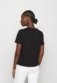 Calvin Klein Jeans - MONOGRAM LOGO TEE - T-paita -  black/party pink - 2