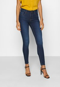 JDY - JDYNEWNIKKI LIFE - Jeans Skinny Fit - medium blue denim - 0