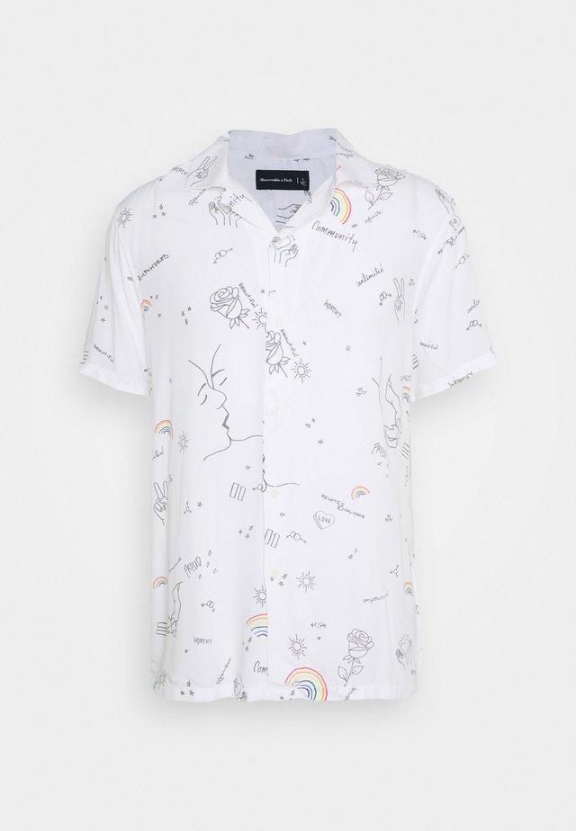 PRIDE RESORT - Koszula - white