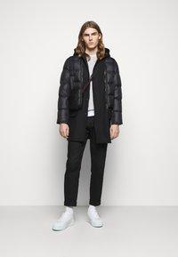 Neil Barrett - HYBRID PUFFER DUFFLE COAT - Zimní kabát - black - 1