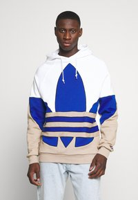 adidas Originals - OUT HOOD - Sweat à capuche - white/royblu/trakha - 0