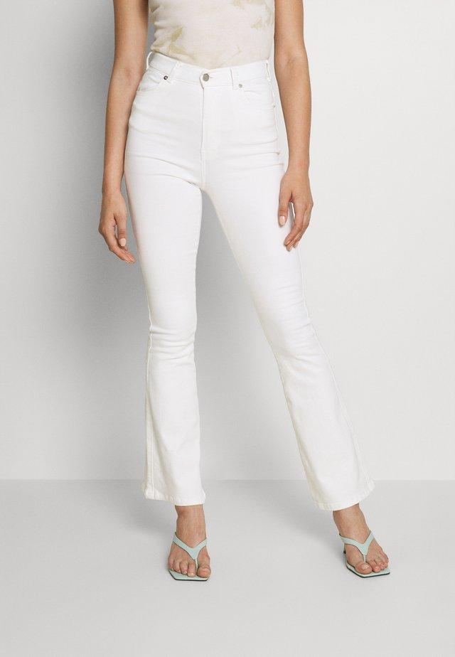 MOXY - Jean flare - off white