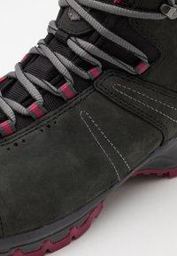 Mammut - NOVA III MID GTX WOMEN - Hiking shoes - black/dark sundown - 5