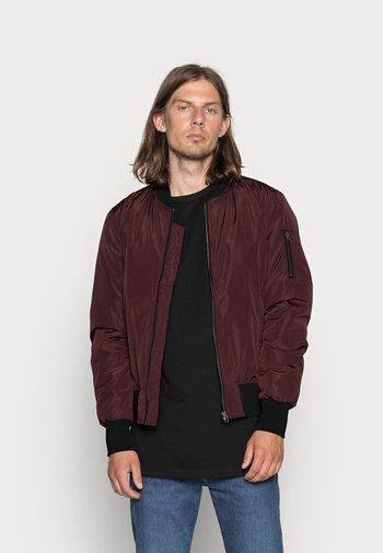 Bomber bunda - burgundy/black