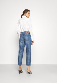 Tory Burch - CLASSIC - Relaxed fit jeans - vintage wash - 2
