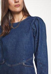 Cras - FANNYCRAS DRESS - Denim dress - denim light blue - 5