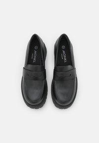 Monki - VEGAN JUNE LOAFER - Slip-ons - black dark - 5