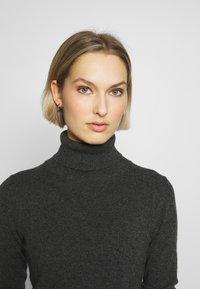 pure cashmere - TURTLENECK - Svetr - graphite - 3