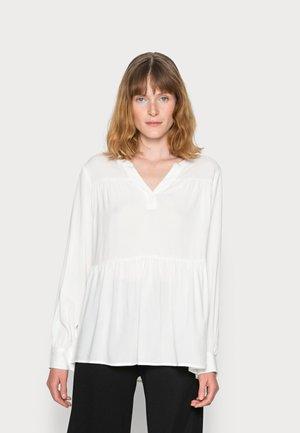 RADIA - Basic T-shirt - offwhite
