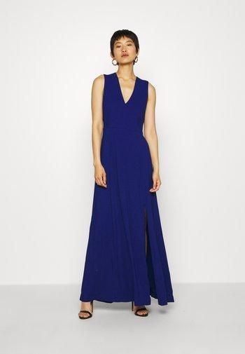BACK SLIT DRESS MAXI - Iltapuku - illuminated blue
