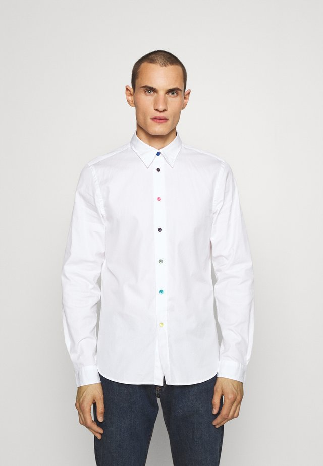 TAILORED FIT SHIRT - Shirt - white