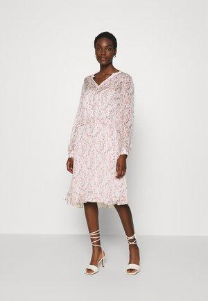 SC-KIMI 2 - Shirt dress - rose smoke/combi