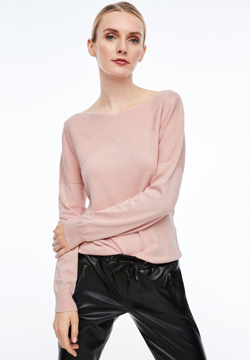 comma - MIT STRUKTURMUSTER - Sweatshirt - light pink