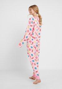 Chelsea Peers - INFLATABLE LONG SET - Pyžamová sada - pink - 2