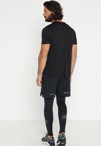 ASICS - Camiseta básica - performance black - 2