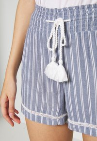 Roxy - BOLD BLOOMS - Shorts - true navy - 4