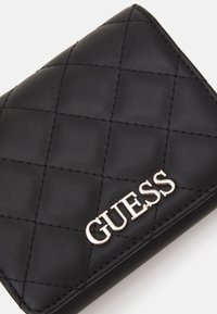 Guess - ILLY SMALL TRIFOLD - Wallet - black - 3
