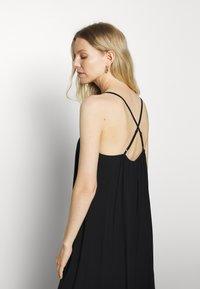 GAP - MIDI HANKY DRESS - Day dress - true black - 3