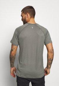 Black Diamond - RHYTHM TEE - Print T-shirt - nickel - 2