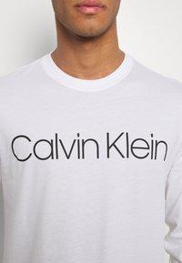 Calvin Klein - LOGO LONG SLEEVE  - Long sleeved top - white - 5