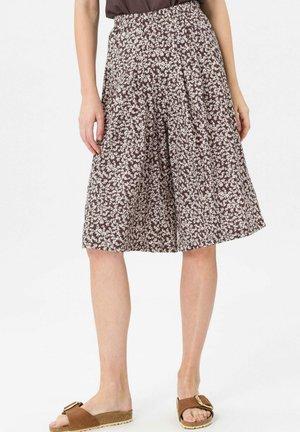 HOSENROCK - Pleated skirt - mokka/weiß
