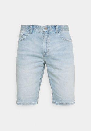 5 POCKET TAPERED FIT LOW WAIST LOW CROTCH TAPE - Short en jean - light cobalt blue