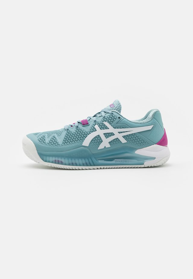 GEL-RESOLUTION 8 CLAY - Clay court tennis shoes - smoke blue/white