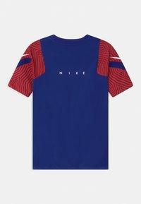 Nike Performance - Print T-shirt - deep royal blue/dark beetroot/white - 1