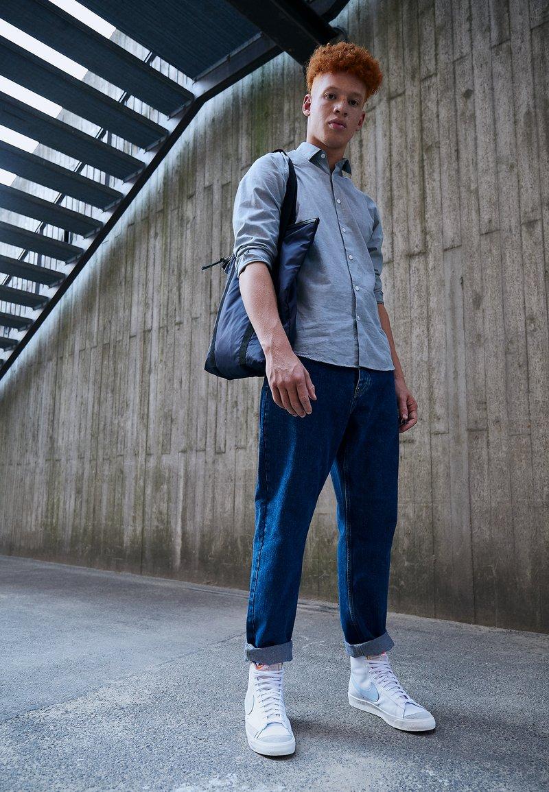 Nike Sportswear - BLAZER MID '77 UNISEX - High-top trainers - white/celestine blue/sail