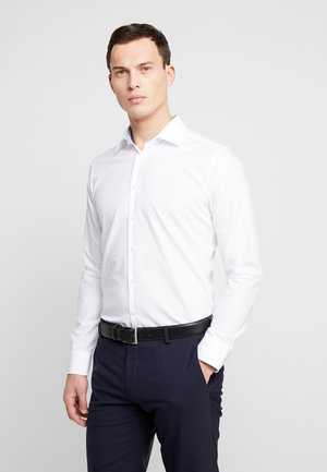 SLIM FIT BUSINESS KENT - Formal shirt - white