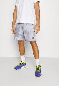 Ellesse - ALVESO SHORT - Sports shorts - grey - 0