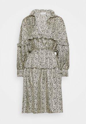 SALOME - Denní šaty - ivoire