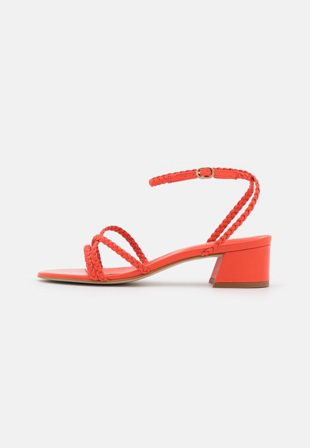 Sandales - coquelicot