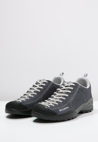 Scarpa - MOJITO UNISEX - Climbing shoes - iron gray - 2