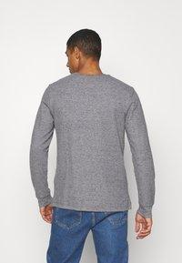 Tommy Jeans - POCKET TEE - Bluzka z długim rękawem - dark grey heather - 2