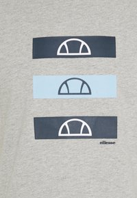 Ellesse - JACE - T-shirt z nadrukiem - grey - 5