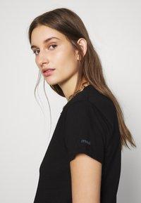 Mavi - BASIC SHORT SLEEVE TOP - Basic T-shirt - black - 3